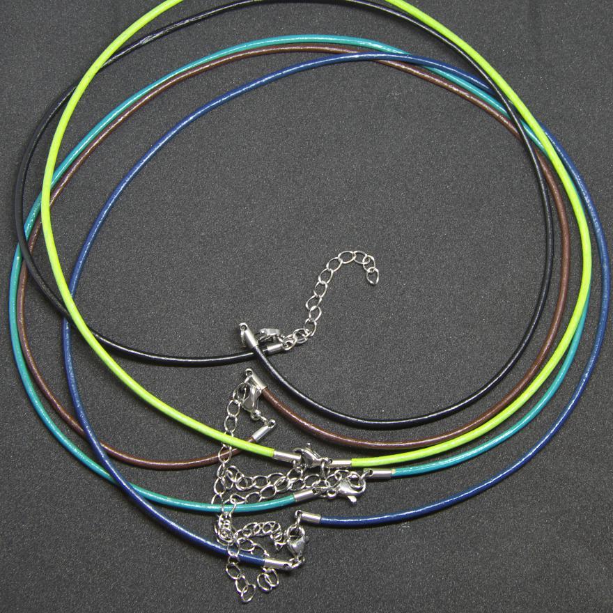 lederkette-fuer-personalisierten-foto-anhänger-farbauswahl