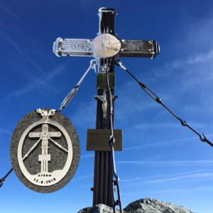 personalisierter-kettenanhänger-reise-gipfelkreuz-großglockner